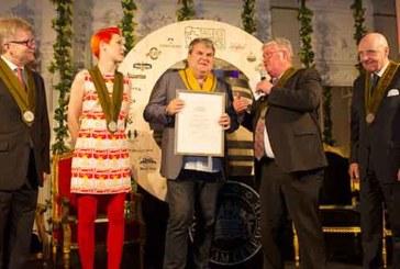 Schauspieler Mike Müller erhält den Bierorden