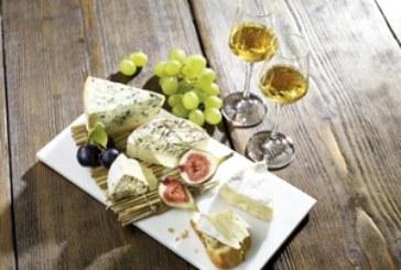 Käse-Spezialitäten mit edlen Spirituosen geniessen