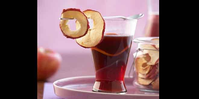 Ob Pur oder als Punsch:  Heiße Tee-Klassiker für kalte Tage