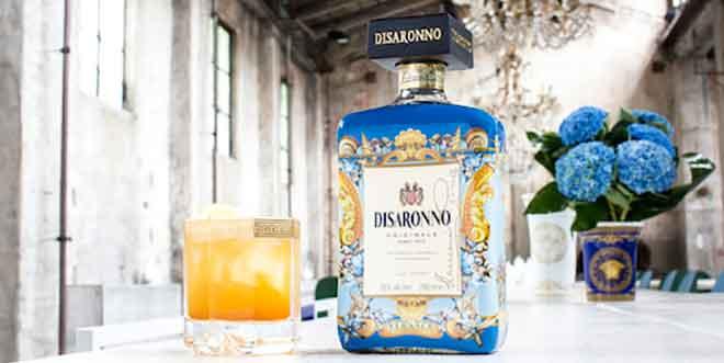LimitedEdition: Versace kleidet Disaronno-Flasche neu ein
