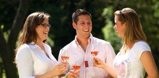 Der welwite Weinkonsum steigt wieder an
