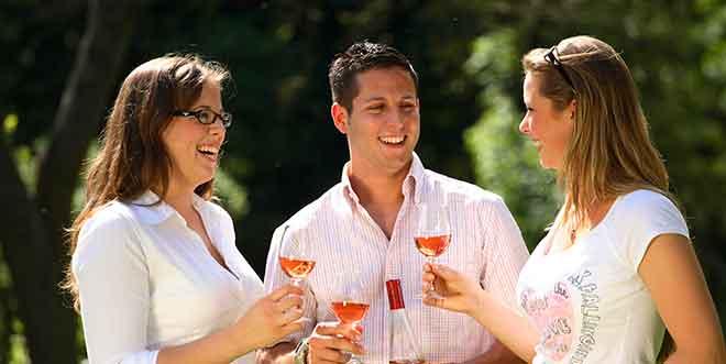 Weltweinkonsum wächst bei sinkendem Pro-Kopf-Verbrauch