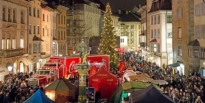 Der Coca Coöa Weihnachtstruck tourt durch die Schweiz