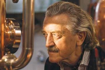 Exklusiv-Interview mit Dieter Meier über seinen Ojo de Agua Gin, Yello und mehr…