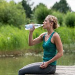 Fit in den Frühling: Mineralwasser unterstützt die Frühjahrsdiät