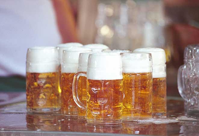 Schweizer Braujahr 2015/16: Spezialitätenbiere auf dem Vormarsch