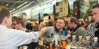 Schweizer Spirituosenimporte sinken, Inlandproduktion wächst