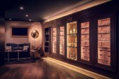 Bar & Lounge 42 | Smoker Lounge