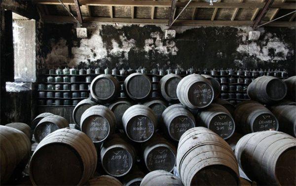 Blick in den Weinkeller von Niepoort